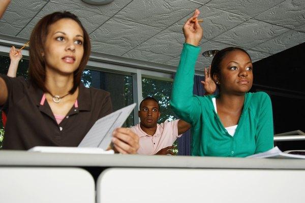 Los métodos de enseñanza modernos enfatizan la participación estudiantil.