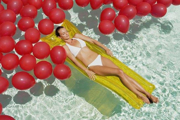 Si haces globos pesados, puedes flotar sobre ellos en vez de a través de los mismos.