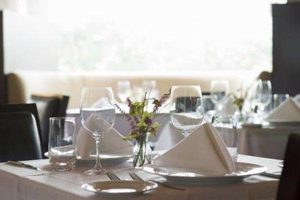 Un menú de almuerzos es un método para atraer trabajadores a tu negocio.