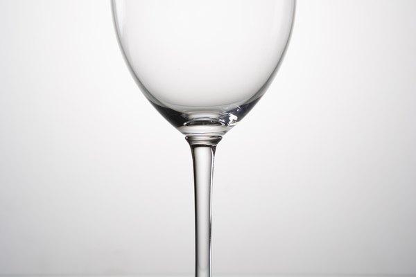 El cristal produce sonidos claros y de alta frecuencia.