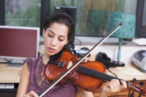 Afina la cuerda mi de tu violín.