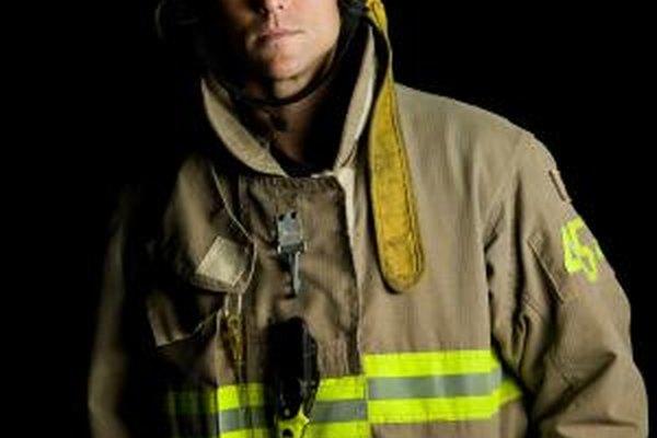 No hay certificación nacional para los bomberos.