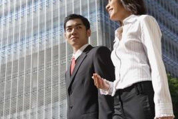 Los ejecutivos experimentados saben cómo anticiparse y gestionar de manera efectiva la escasez de recursos.