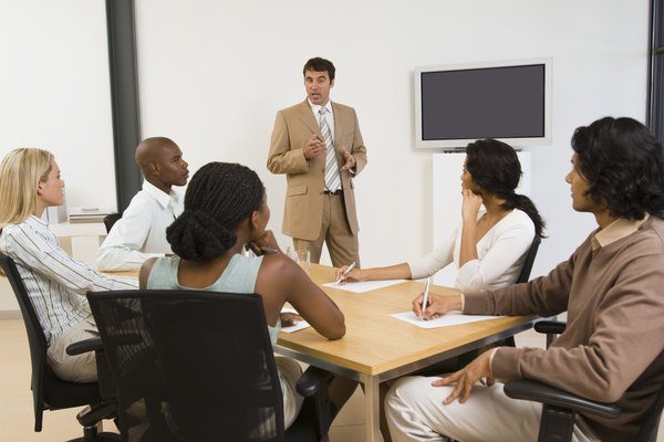 Cómo crear un programa de entrenamiento de fuerza de ventas.
