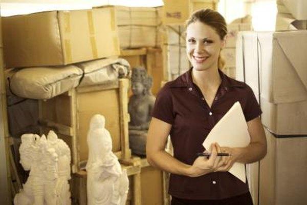 Recuerda que debes dejar el espacio para el almacenamiento de arte, artículos de limpieza y equipamiento.