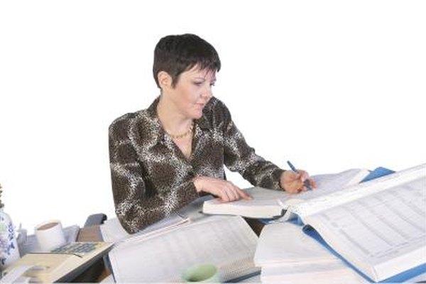 Algunos auxiliares contables cumplen funciones directivas luego de varios años de experiencia.