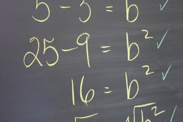 La igualación de coeficientes es un método de resolución de ecuaciones.
