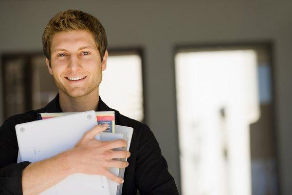 Escribe una lista de artículos en tu área de trabajo.