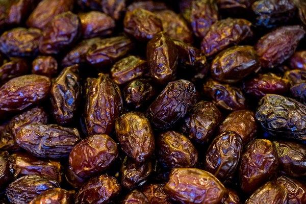 Close-up of raisins