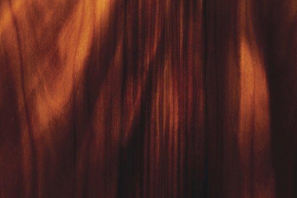 Los taninos del tronco del palo de rosa han sido utilizados para crear medicinas para el tratamiento de gusanos e indigestión.