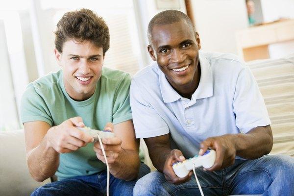 Jugar videojuegos en la consola Xbox utilizando dos pantallas es perfectamente posible si sigues estos pasos.