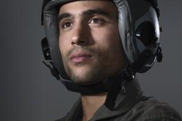 Los pilotos militares tienen derecho a una remuneración adicional por su especialidad.