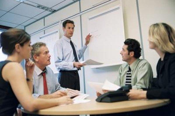 Mantén contacto visual con el público durante una presentación.