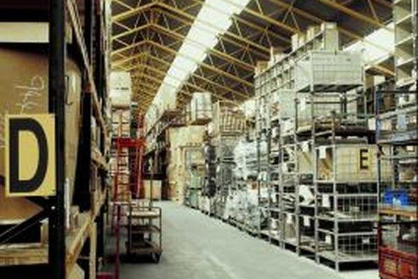 Las empresas pueden ahorrar al donar, destruir o vender inventario obsoleto.