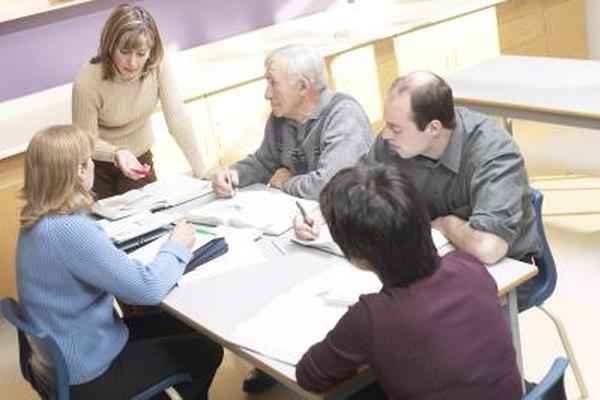 El coordinador de capacitación de RH combina elementos de educación y recursos humanos.