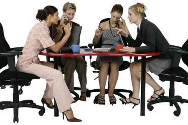 Una agenda formal puede hacer que las reuniones de tu negocio sean más efectivas.