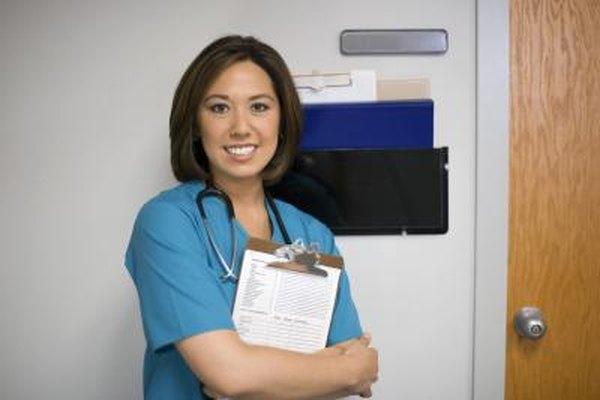 La supervisión de la experiencia clínica en pediátria durante los estúdios es común para las enfermeras pediátricas.