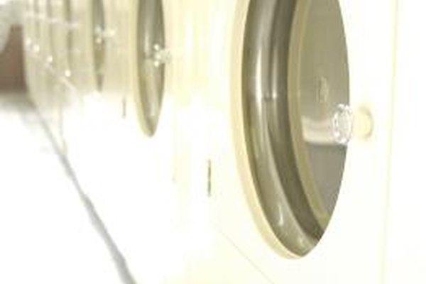 Las máquinas de lavandería tienen un costo más allá del precio del fabricante.