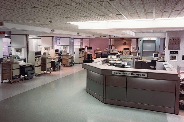Dependiendo de las funciones descritas, un administrador de hospital puede ser un especialista o generalista.
