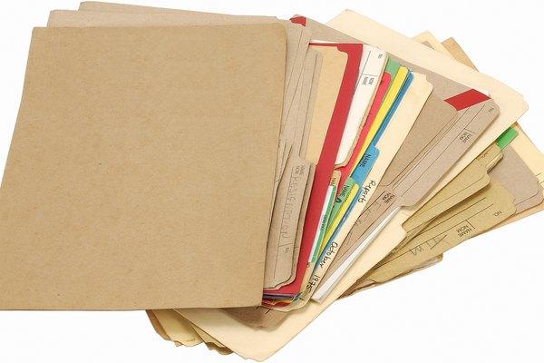 Las carpetas de archivos de acordeón se pueden hacer mediante el uso de carpetas estándar de manila.