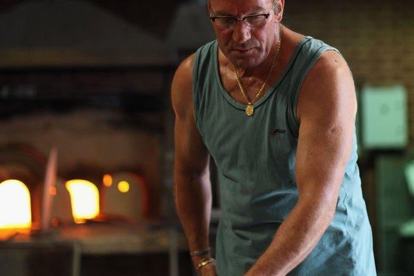 Los fabricantes de cristal de Murano usan métodos tradicionales para crear sus obras de arte.