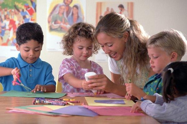 Ayuda a que los niños aprendan acerca del perdón por medio de manualidades.