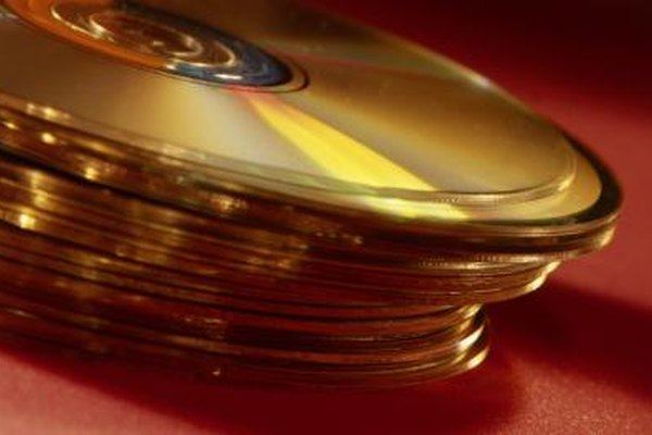 Los DVD convencionales pueden almacenar hasta 4.7 GB de datos.