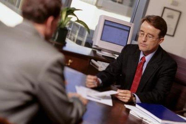 Contratar un seguro puede ser un valioso respaldo para tu empresa.
