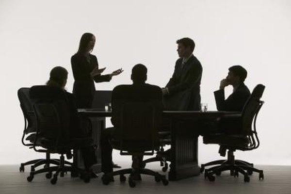 Expresa tu opinión en las reuniones de manera rápida con algunas palabras y frases familiares.