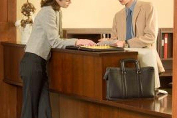 Los hoteles están sujetos a las necesidades de los turistas y de los profesionales de negocios.
