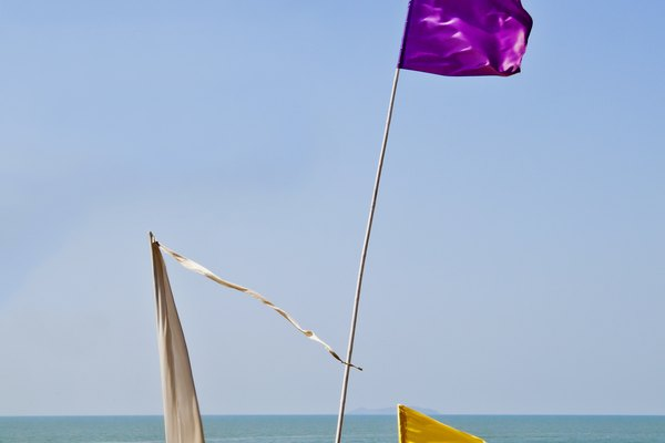 What Do Beach Warning Flags Mean Getaway Usa