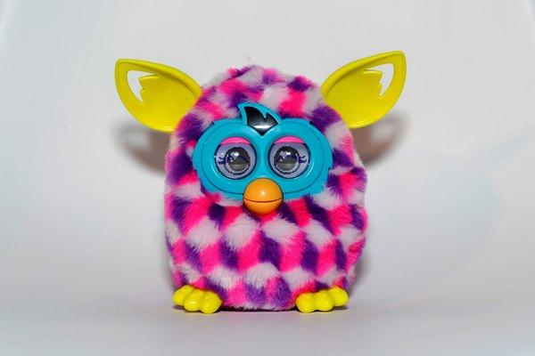 Los Furbies siguen siendo juguetes favoritos de los niños.