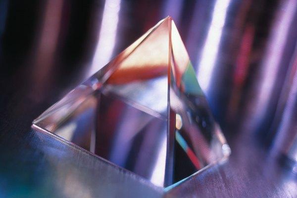 Prisma triangular.