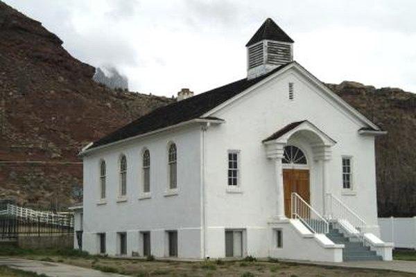 Las iglesias son un tipo de organización sin fines de lucro.