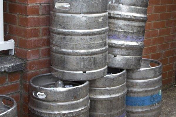 Los barriles son el método más simple para transportar grandes cantidades de cerveza.