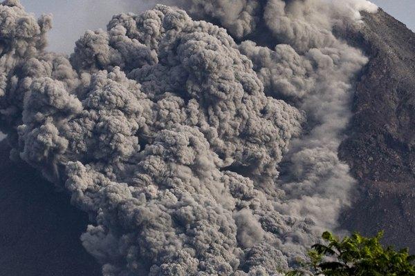 Los flujos piroclásticos son responsables de más muertes que cualquier otro peligro volcánico.