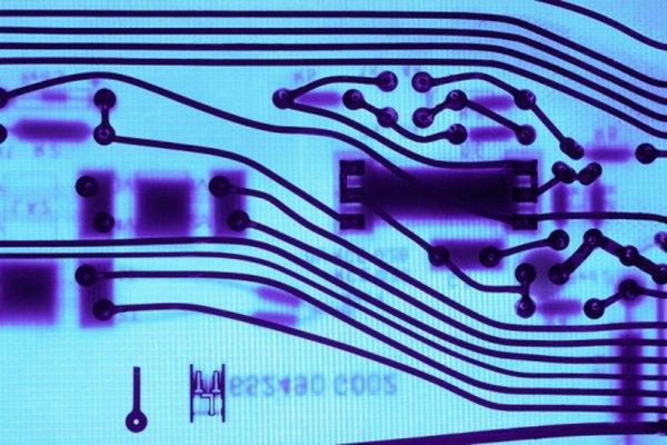 Los electrones alimentan los tableros de circuitos y las bombillas alrededor de nosotros.