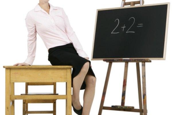 Puedes escribir oraciones numéricas con números en español para ayudar a los estudiantes a que aprendan números en español.