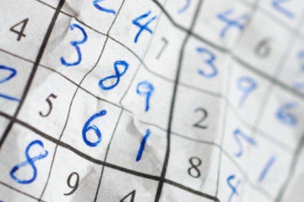 Los rompecabezas difíciles de sudoku pueden requerir de muchos trucos para ser resueltos.
