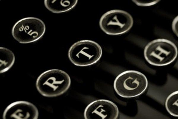 Las teclas de la máquina de escribir que se traban pueden ser destrabadas con algunos materiales y la técnica correcta.