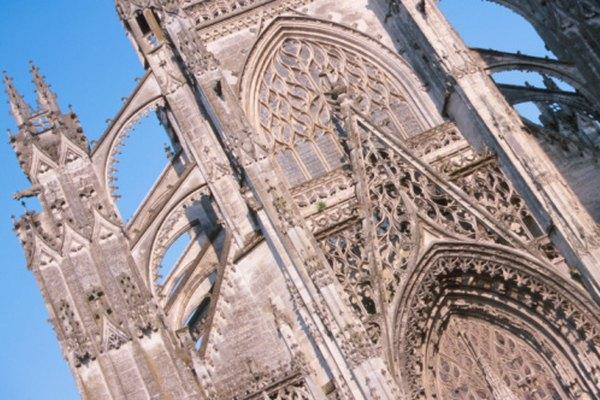 Catedral con arbotantes.