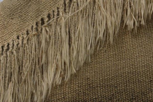 Los flecos de tela pueden ayudarte a crear una apariencia suave.