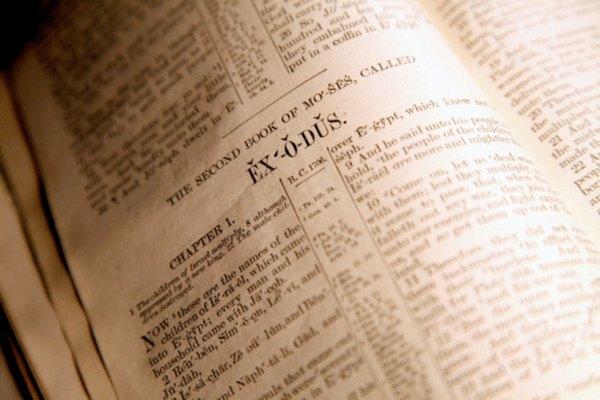 Como un documento histórico, la Biblia menciona cuerpos de agua para identificar ubicaciones donde ocurrieron los eventos.