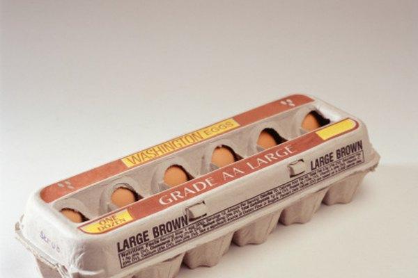 Un segmento de una caja de cartón de huevos puede ser un excelente esqueleto para tu campera acolchada.