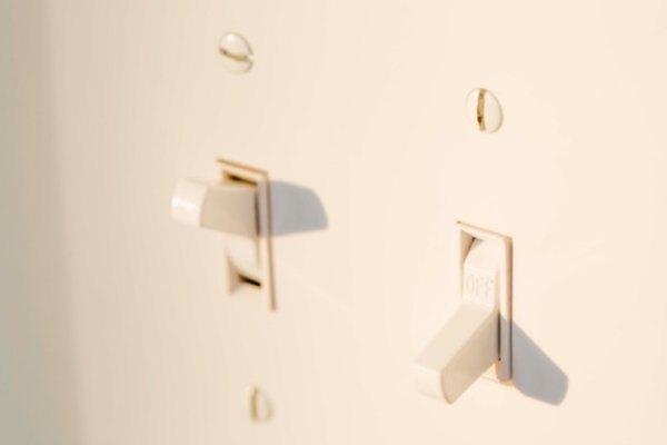 Un interruptor de pared caliente es una señal de que es necesario realizar reparaciones de inmediato.