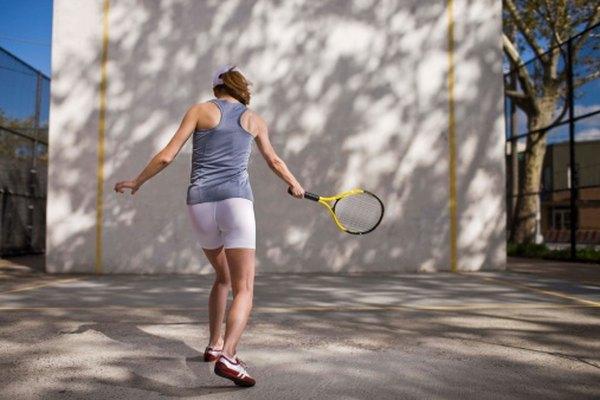 Un juego similar al tenis era jugado por niños y adultos en el período del Renacimiento.