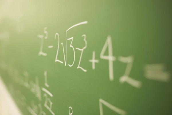 Los números indefinidos son cifras calculadas que no expresan una cantidad o tamaño exactos.
