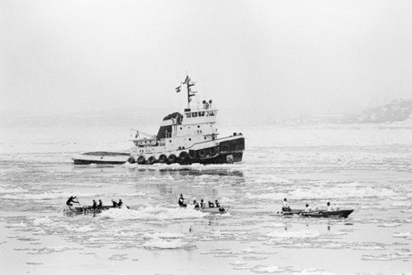 La emergencia puede requerir que se abandone el barco.