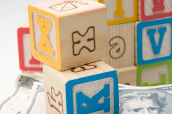 Un cubo tiene 6 caras, 8 vértices y 12 bordes.