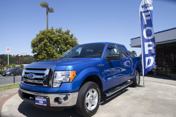 The 5.4-liter Triton engine is used in F-150s.